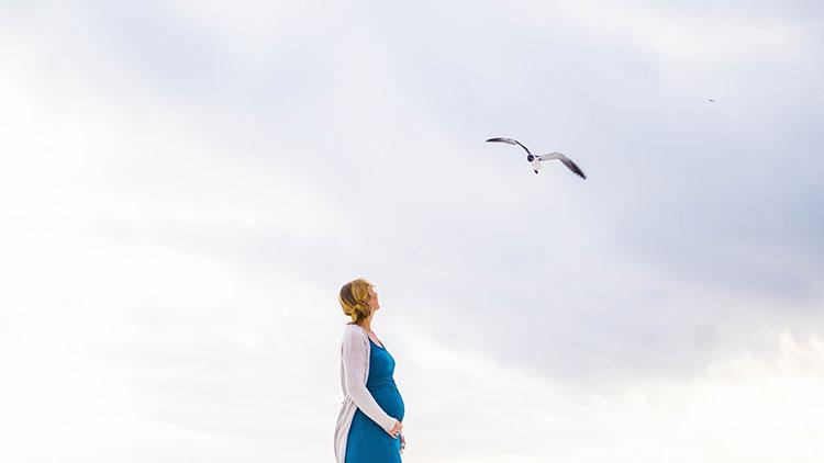 IIDN - mual muntah pada hamil